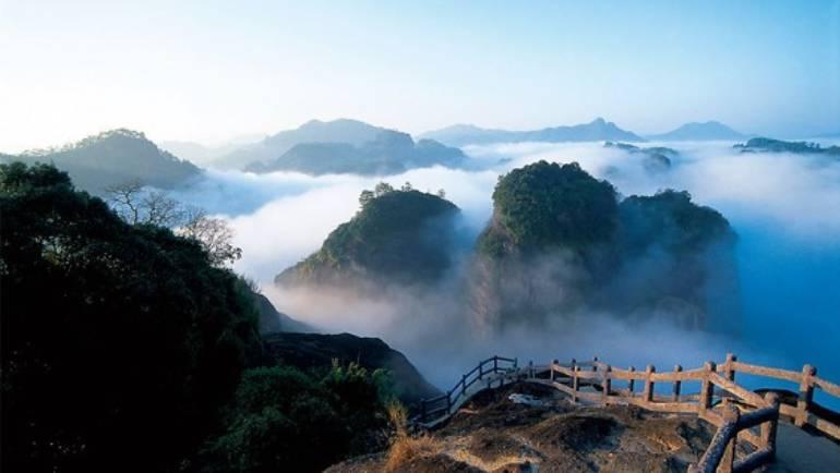 (中文) 2019 武夷茶旅–寻访大红袍和正山小种的故乡